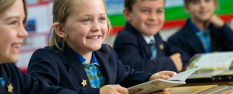 Dixie Grammar pupils reading